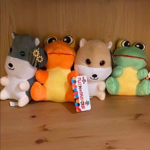 Other - Set of 4 plushes (cute hamster and frogs!)